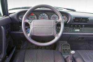 Interior del Porsche 911 (964) 1993