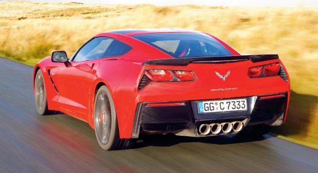 El modo de manejo ECO, el básico, apaga cuatro cilindros en cargas ligeras del acelerador; el modo Track muestra al auto bajo su mejor luz