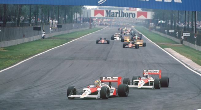 Otro 1-2 en el año para McLaren, pero Prost (atrás) fue el vencedor