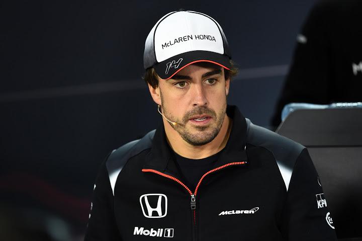 Fernando Alonso (ESP) McLaren en rueda de prensa F.I.A. . G.P. de Bahrein 2ª prueba del Mundial en el circuito de Sakhir en Manama, el jueves 31 de marzo de 2016