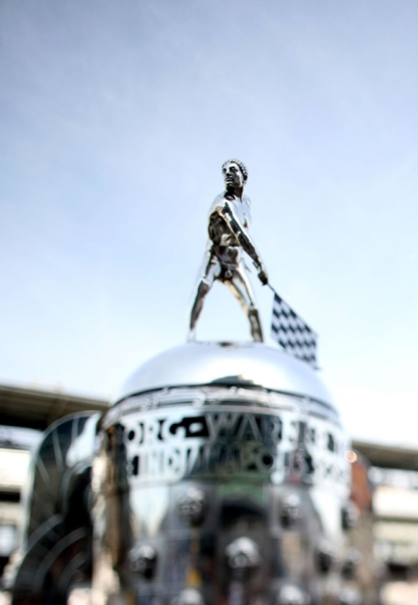 borg-warner-trophy1