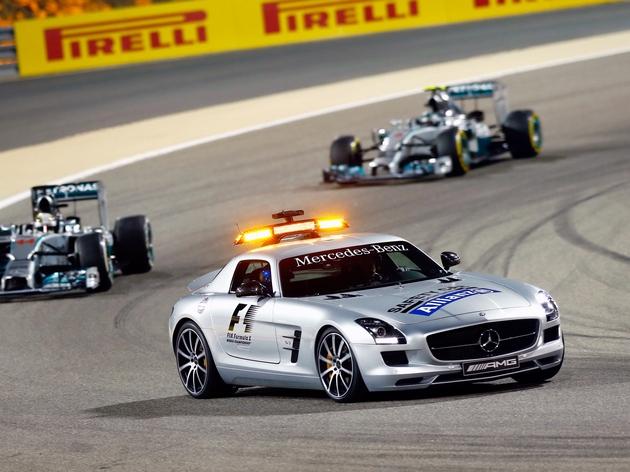 mercedes-benz_sls_63_amg_gt_f1_safety_car_5