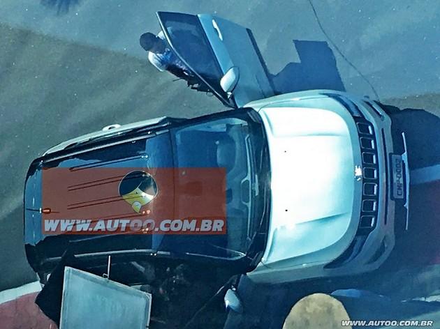 jeep_compass_2017_1_17092016_3636_960_720 WEB