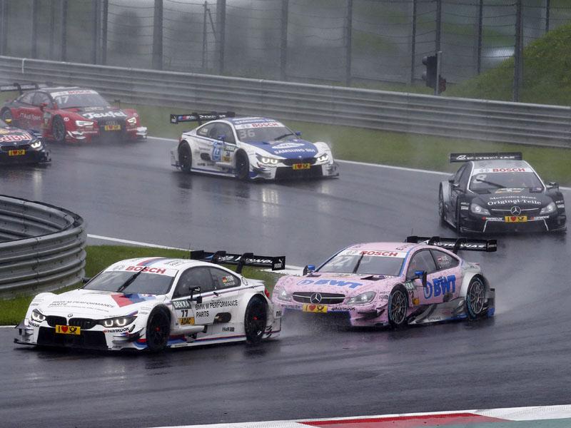 #77 Martin Tomczyk, BMW 4 DTM, #22 Lucas Auer, Mercedes-AMG C 63 DTM, #8 Christian Vietoris, Mercedes-AMG C 63 DTM