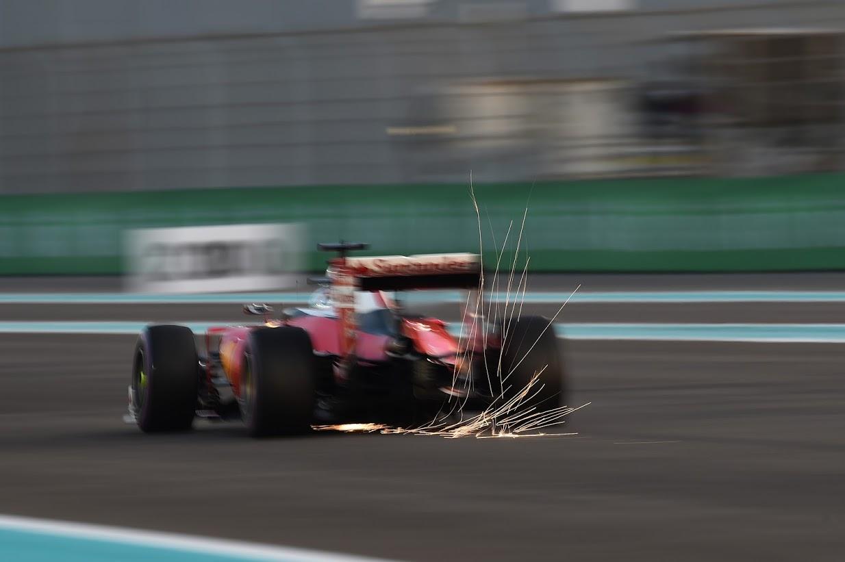 Sebastian Vettel (ALE) Ferrari SF16-H . .   G.P. de Abu Dabi,  Circuito Yas Marina, Isla Yas, emirato de Abu Dabi, Emiratos Árabes Unidos. Vigésimo primera prueba del mundial, sábado 26, noviembre, 2016.