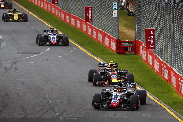 Magnussen y Grosjean dieron un susto a varios equipos en el GP de Australia.
