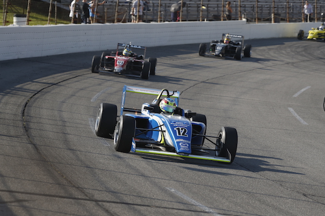 Sierra en el Lucas Oil Raceway de Indy (FOTO: Joe Skibinski/IMS, LLC Photo)