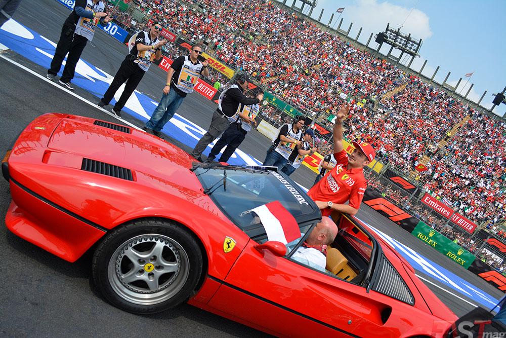 Charles Leclerc (Scuderia Ferrari) en el Desfile de Pilotos del Gran Premio mexicano (FOTO: Carlos A. Jalife Ruz)