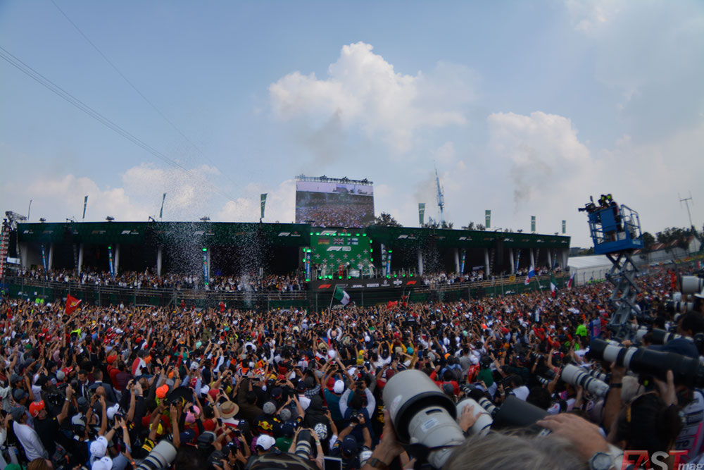 La fiesta (FOTO: Carlos A. Jalife Ruz)