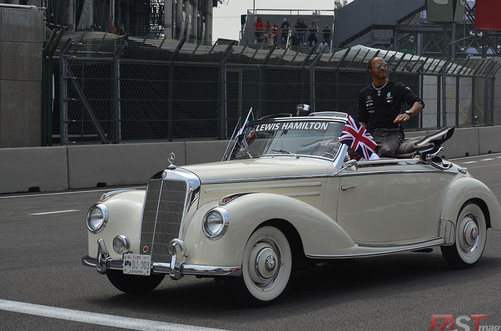 Lewis Hamilton (Mercedes AMG) en el Desfile de Pilotos del Gran Premio mexicano (FOTO: Omar Jalife Ruz)