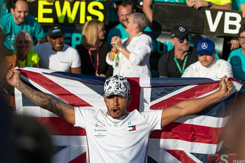 Lewis Hamilton (Mercedes AMG) celebra su sexto título en la Fórmula Uno (FOTO: Arturo Vega)