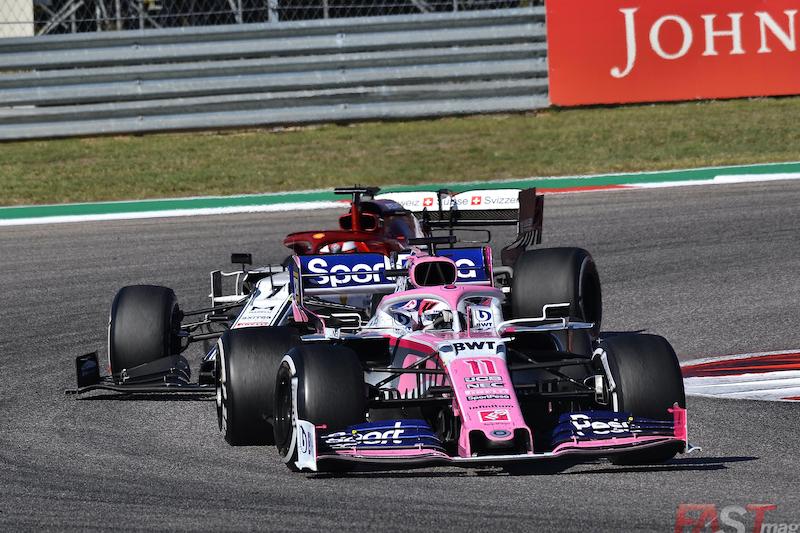 Sergio Pérez (Racing Point) es perseguido por Kimi Raikkönen (Alfa Romeo Racing) durante el GP de Estados Unidos (FOTO: Luis Felipe Ugarte)