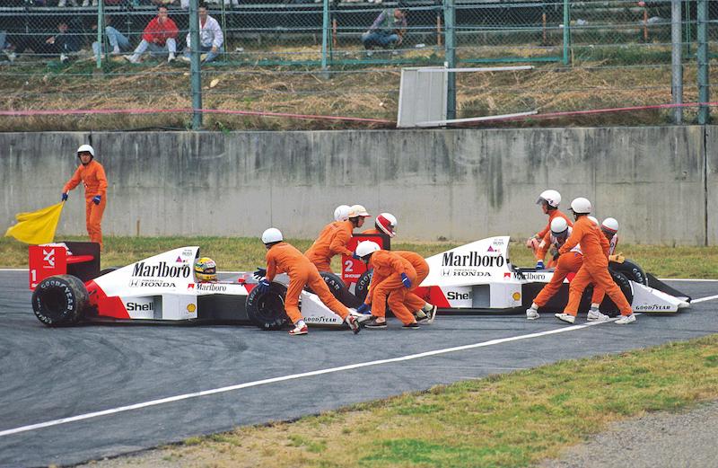 El choque en la chicana de Suzuka que le dio el título a Prost en 1989.