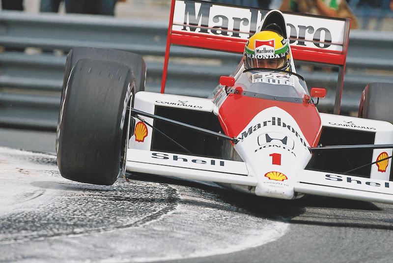 Ayrton se encamina al triunfo en Mónaco 1989.