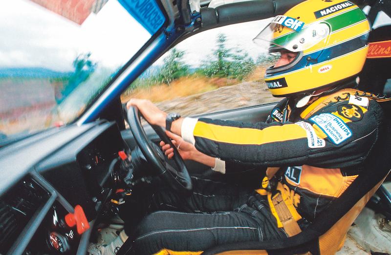 En 1986 probó un Ford Sierra Cosworth de rallies para una revista inglesa