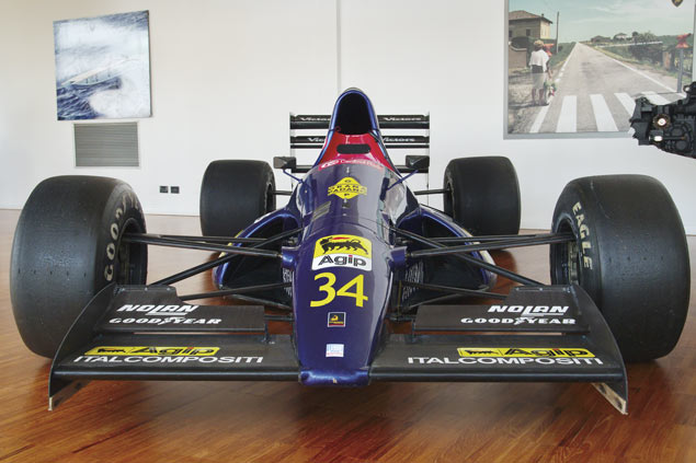 equipo mexicano de f1 en museo