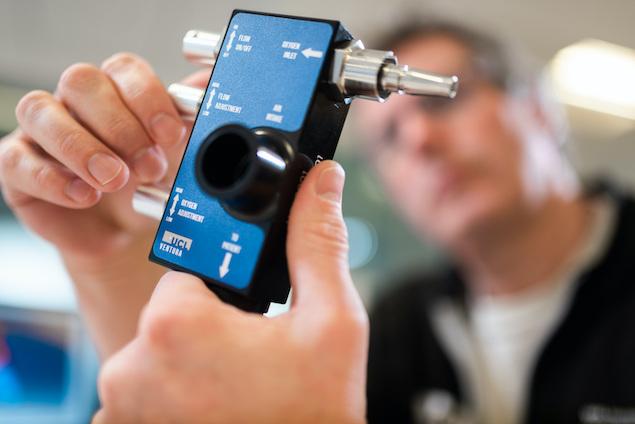 Dispositivo CPAP (FOTO: James Tye/UCL/Mercedes AMG F1)
