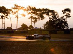 Toyota al frente en amanecer en Le Mans (FOTO: TOYOTA GAZOO RACING)