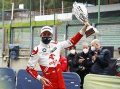 Kubica sube a su primer podio en DTM (FOTO: Hoch Zwei)