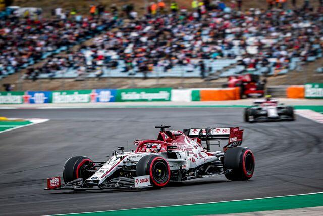 Gran carrera de Kimi, sólo le faltó sumar puntos (FOTO: Alfa Romeo Racing)