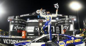 Elliott, a la final con victoria en Martinsville (FOTO: Jared C. Tilton/NASCAR Media)