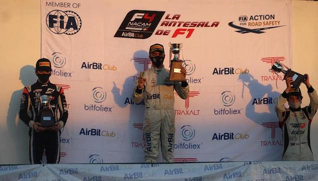 Noel León, campeón de F4 Mexicana