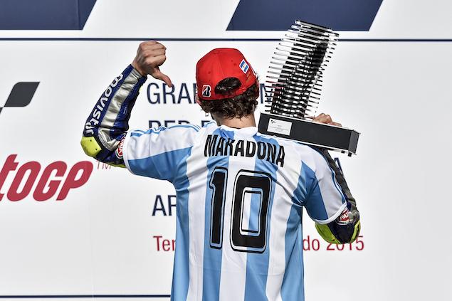 Rossi, Todt y más rinden tributo a Maradona (FOTO: MotoGP)