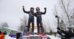 WRC Rally Ártico: Ött Tanak concreta victoria (FOTO: Hyundai Motorsport GmbH)