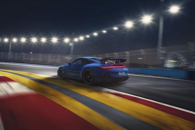 Su motor bóxer de seis cilindros y 3996 centímetros cúbicos entrega una potencia de 510 hp (FOTO: Porsche)