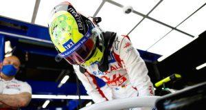 Mick Schumacher lidera las Guerras (No tan) Fraternales 2021 (FOTO: Zak Mauger/Haas F1 Team)