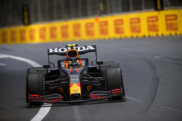 "Brawn: ""Pérez se merecía completamente la victoria"" en Bakú (FOTO: Charles Coates/Pirelli Motorsport)"