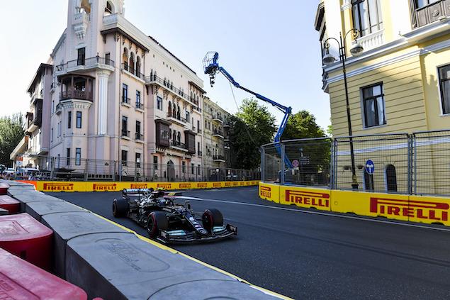 Bottas finalizó 12º en Azerbaiyán (FOTO: Mark Sutton/Pirelli)