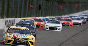 Kyle Busch ahorra y gana dominical en Pocono (FOTO: James Gilbert/NASCAR Media)