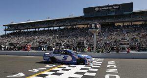 Larson sigue en plan grande con triunfo en Sonoma (FOTO: Maddie Meyer/NASCAR Media)