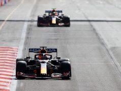 Max y Checo en los duelos internos tras GP de Azerbaiyán de F1 (FOTO: Francois Nel/Red Bull Content Pool)