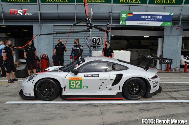 """El Porsche 911 No. 92 de Kevin Estre y Neel Jani, de la clase GTE Pro, durante las """"6H de Monza"""" (FOTO: Benoit Maroye para FASTMag)"""