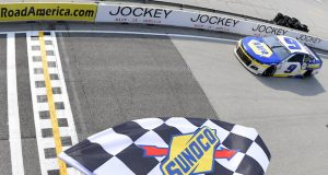 Chase Elliott gana en Road America (FOTO: Logan Riely/NASCAR)