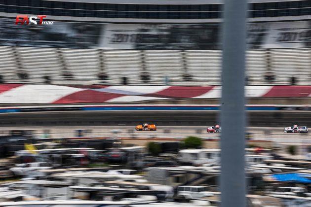 Acción del SpeedyCash.com 220 de Camionetas de NASCAR en Texas Motor Speedway (FOTO: Arturo Vega para FASTMag)