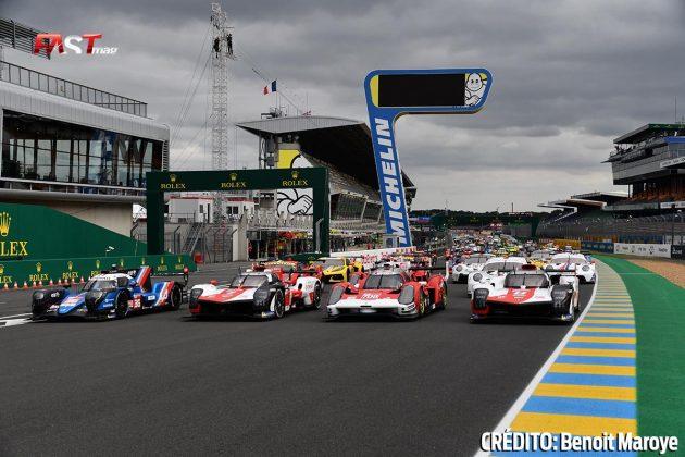 """Foto oficial de los autos participantes en la 89º edición de las """"24 Horas de Le Mans"""" (FOTO: Benoit Maroye para FASTMag)"""