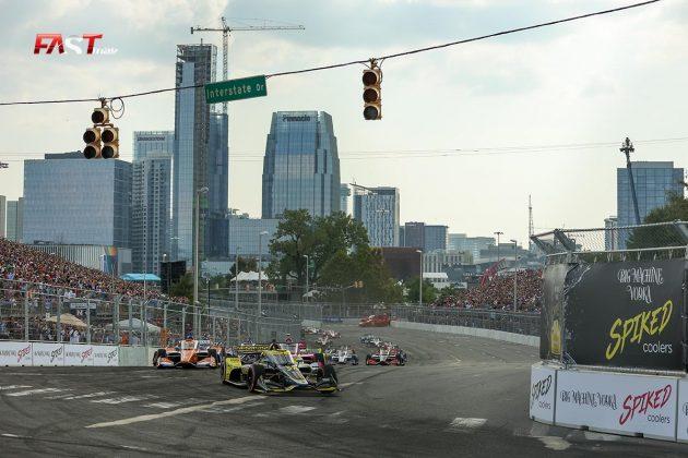 El arranque del Music City Grand Prix, la primera edición de la IndyCar en las calles de Nashville (FOTO: Arturo Vega para FASTMag)