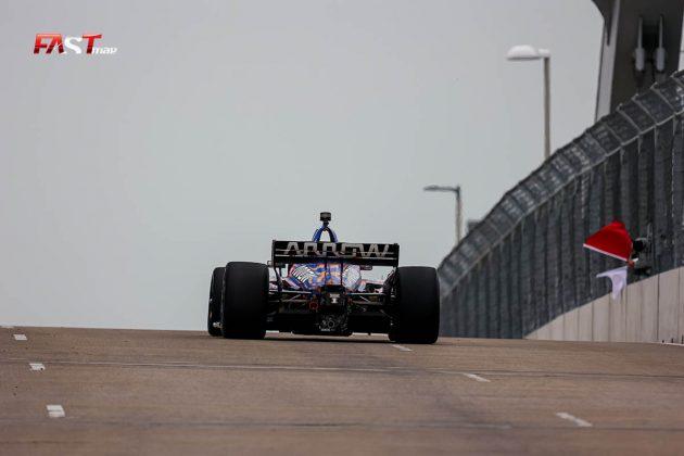 Pato O'Ward, piloto del No. 5 de ARROW McLaren SP, durante las prácticas de viernes de la IndyCar en Nashville (FOTO: Arturo Vega para FASTMag)